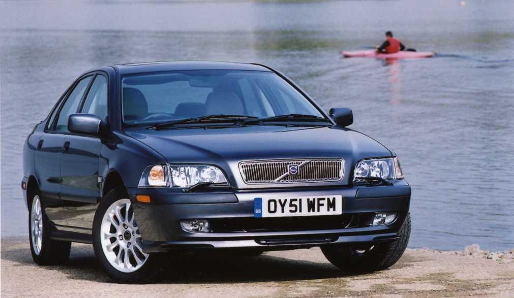 מודרניסטית וולוו S40 יד שנייה (1998,1999,2000,2001,2002,2003,2004) - אוטו WZ-42